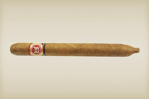 Little Havana Cigar Factory - Arturo Fuente Hemingway Classic