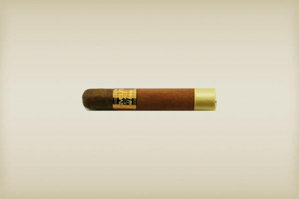 Little Havana Cigar Factory - CAO Petite Corona Gold Honey Cigars